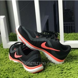 NWT Nike Flex Trainer 6 Black WMNS.